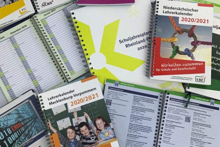 Auswahl von verschiedenen Lehrerkalendern