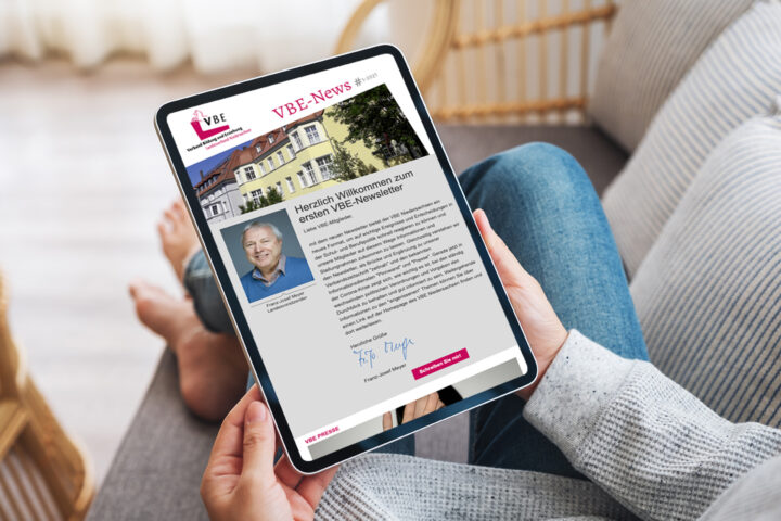 Newsletter auf dem Tablet